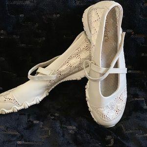 Sketchers Mary Jane Sneakers